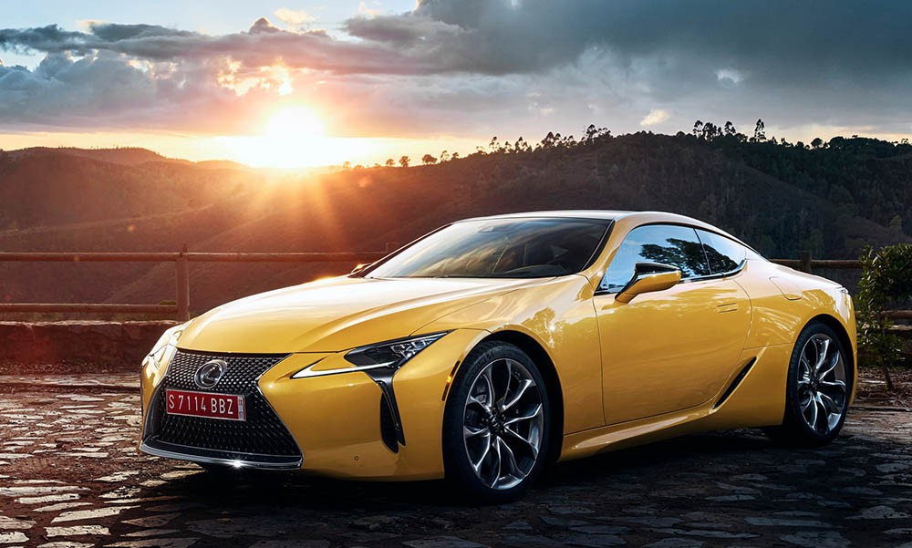 Dien kien Lexus LC Yellow Edition Coupe so luong gioi han