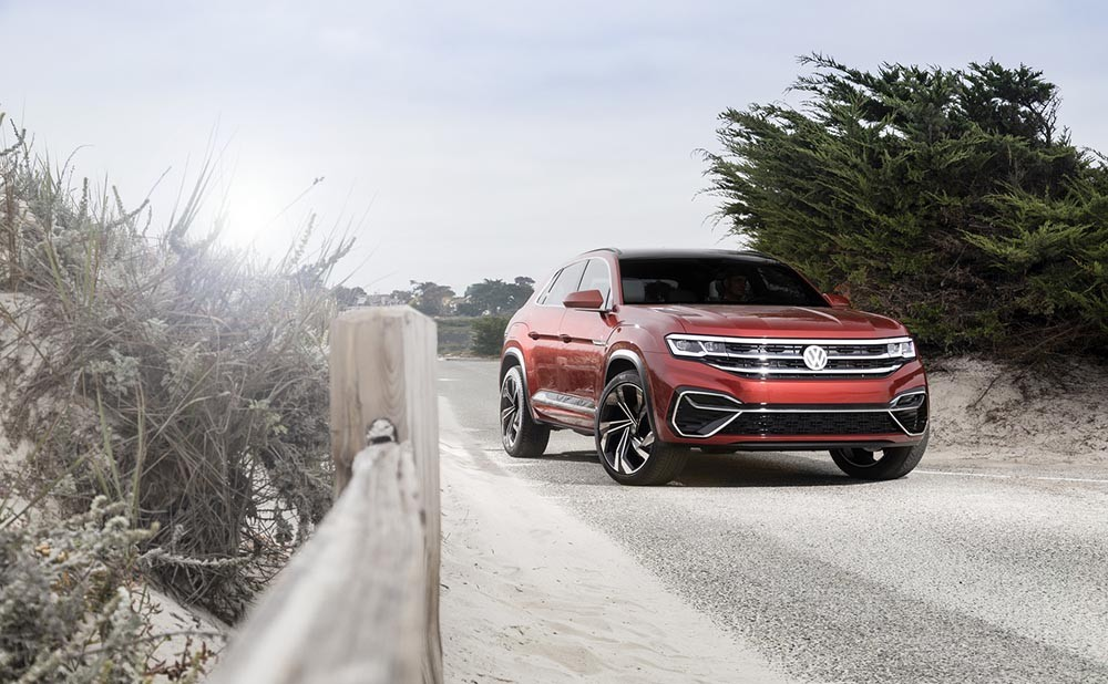 Can canh SUV Coupe Volkswagen Atlas Cross Sport dep sac sao
