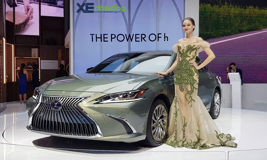Ngam Vedette Hybrid Lexus ES 300h 2019 the he moi tai VMS 2018