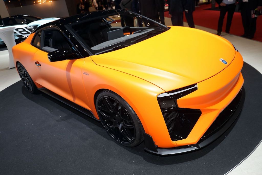 "Gumpert ""tai xuat giang ho"" voi xe the thao hydro Nathalie"