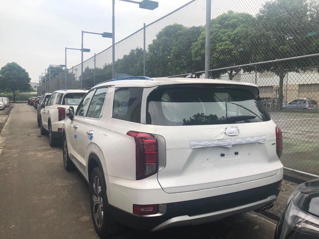 Hyundai Palisade ve Viet Nam so luong lon lieu co dau da Ford Explorer!
