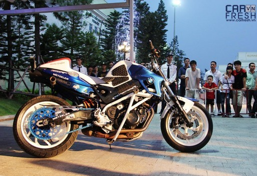 mattie-griffin-stunt-bmw-f800R-bmw-world-xpo-vietnam-2014
