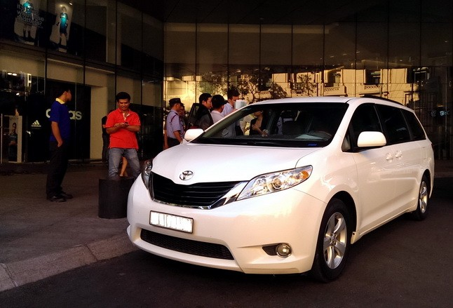 toyota_sienna le